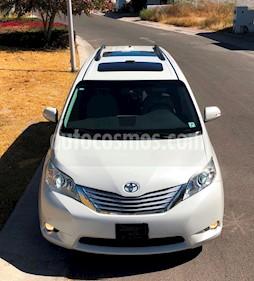 Foto venta Auto usado Toyota Sienna Limited 3.5L (2013) color Blanco Perla precio $339,000