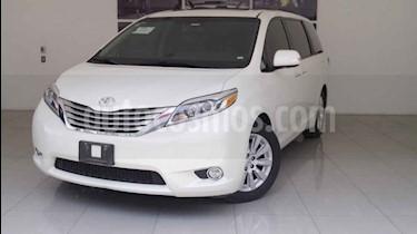 Foto venta Auto usado Toyota Sienna Limited 3.5L (2016) color Blanco precio $530,000