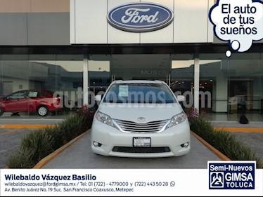 Foto venta Auto usado Toyota Sienna Limited 3.5L (2014) color Blanco precio $340,000