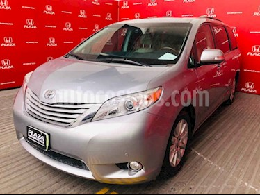 foto Toyota Sienna Limited 3.5L usado (2014) color Plata precio $375,000