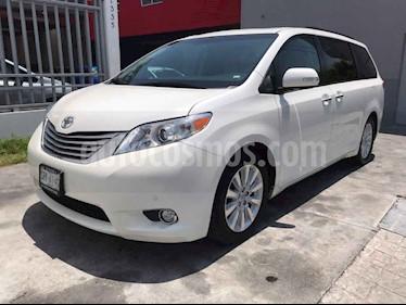 Toyota Sienna Limited 3.5L usado (2014) color Beige precio $299,000