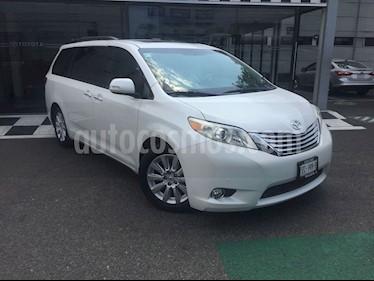 Toyota Sienna Limited 3.5L usado (2013) color Blanco precio $308,000
