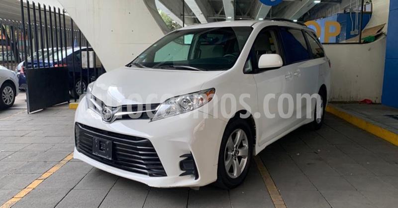 Toyota Sienna LE 3.5L usado (2018) color Blanco precio $349,900