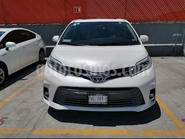 Toyota Sienna Limited 3.5L usado (2018) color Blanco Perla precio $589,000