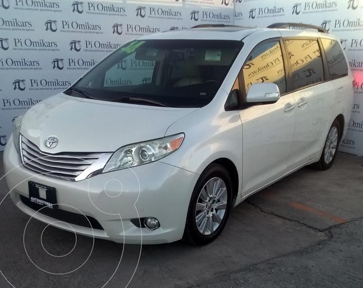 Toyota Sienna Limited 3.5L usado (2014) color Blanco precio $350,000