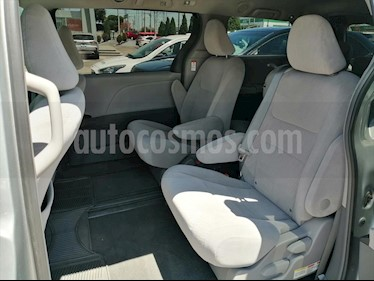 Toyota Sienna LE 3.5L usado (2016) color Plata precio $299,000