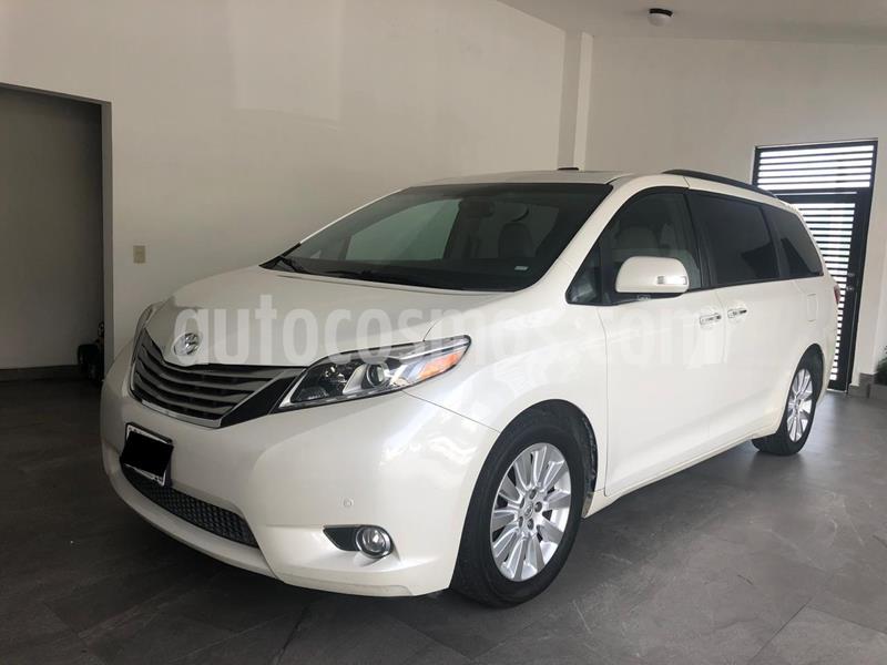 Toyota Sienna Limited 3.5L usado (2015) color Blanco Perla precio $390,000