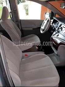 Toyota Sienna XLE 3.5L usado (2014) color Gris precio $310,000