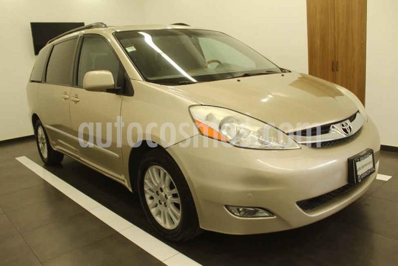 Toyota Sienna Limited 3.3L usado (2008) color Dorado precio $145,000