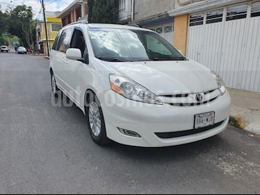 Toyota Sienna XLE 3.3L Piel usado (2009) color Blanco precio $163,500