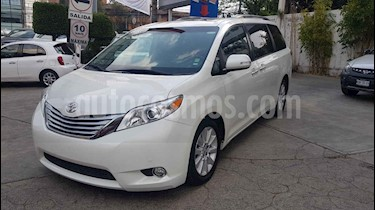 Toyota Sienna 5p Limited V6/3.5 Aut usado (2014) color Blanco precio $349,000