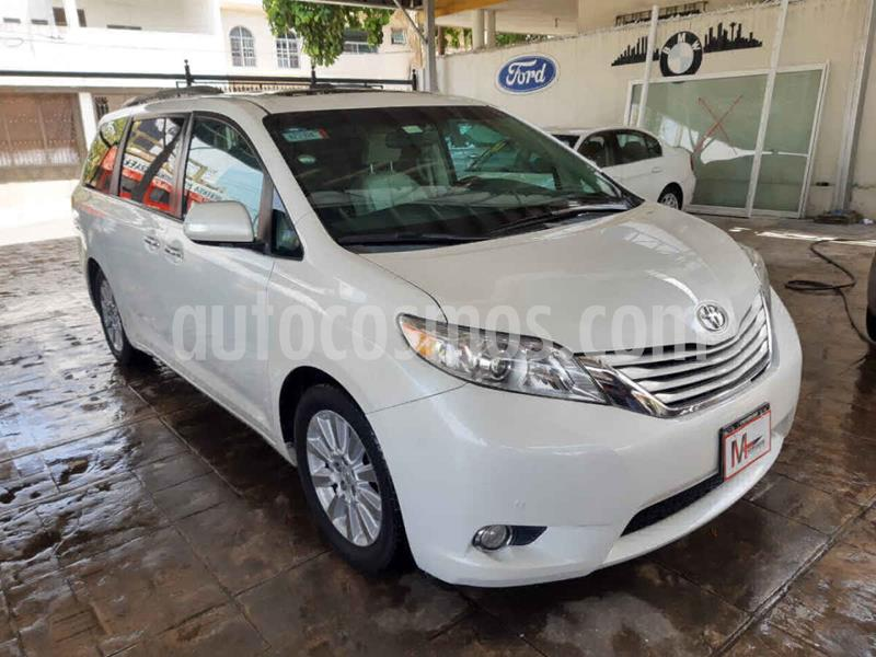 Toyota Sienna Limited 3.5L usado (2014) color Plata precio $299,000