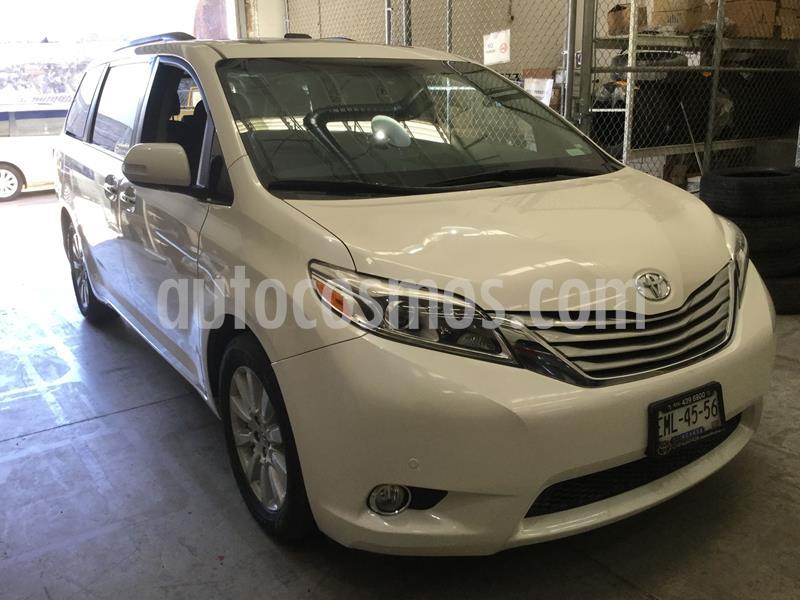 Toyota Sienna Limited 3.5L usado (2017) color Blanco precio $518,000