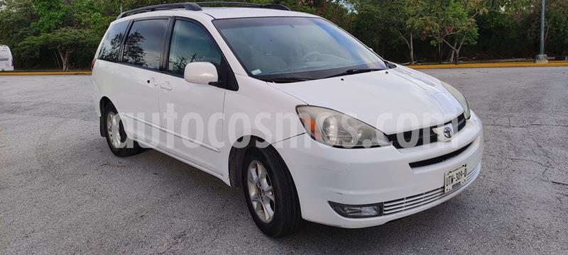 Toyota Sienna XLE 3.3L usado (2004) color Blanco precio $95,000