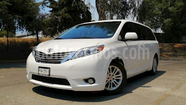 Toyota Sienna 5P XLE TA BA BL CONSOLA EN TOLDO RA-17 usado (2014) color Blanco precio $285,000