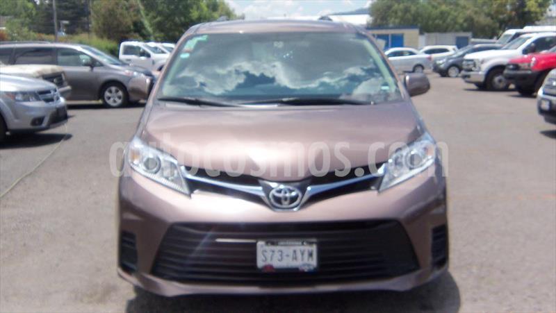 Toyota Sienna LE 3.5L usado (2018) precio $335,000