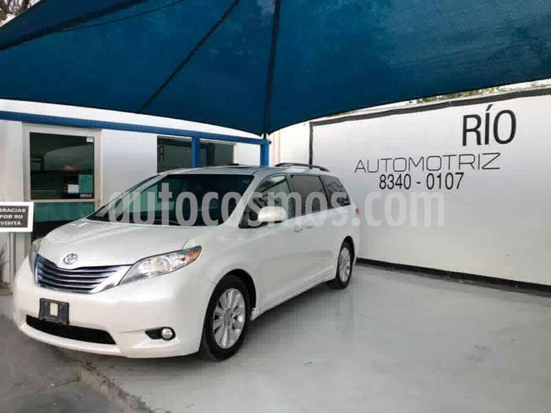 Toyota Sienna Limited 3.3L usado (2012) color Blanco precio $258,000