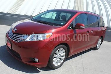 Toyota Sienna Limited 3.3L usado (2014) color Rojo precio $360,000