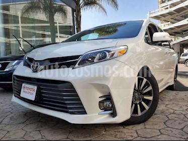 Toyota Sienna 5p Limited V6/3.5 Aut usado (2018) color Blanco precio $590,000