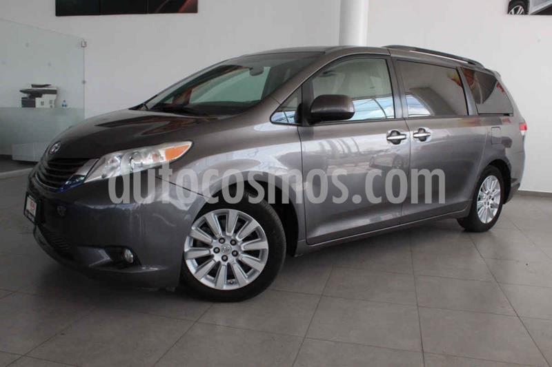 Toyota Sienna XLE 3.5L usado (2014) color Gris precio $275,000