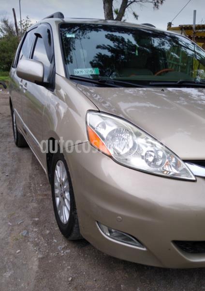 Toyota Sienna XLE 3.3L Piel usado (2009) color Bordo precio $128,000