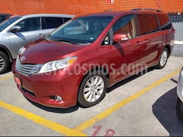 Toyota Sienna XLE 3.5L usado (2014) color Rojo precio $329,000