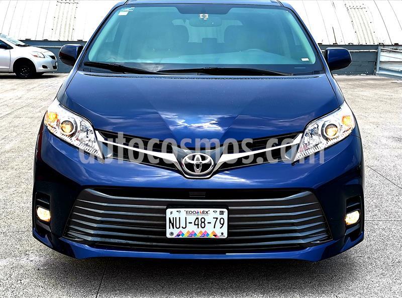 Toyota Sienna XLE 3.5L Piel usado (2020) color Azul precio $699,000