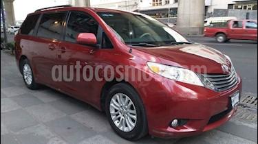 Toyota Sienna 5p XLE V6/3.5 Aut usado (2014) color Rojo precio $273,000