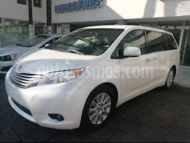 Toyota Sienna LIMITED usado (2014) color Blanco precio $325,000