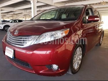 Toyota Sienna 5p Limited V6/3.5 Aut usado (2014) color Rojo precio $360,000