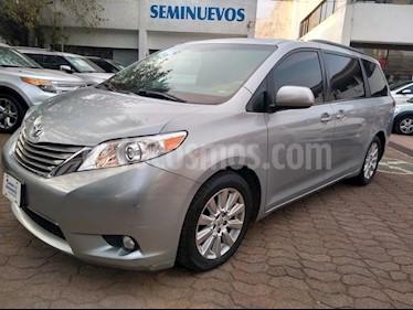 Foto venta Auto usado Toyota Sienna XLE 3.3L Piel (2014) color Plata precio $349,000