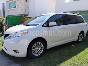 Foto venta Auto usado Toyota Sienna XLE 3.3L (2017) color Blanco precio $500,000
