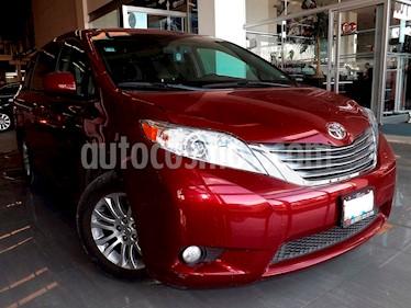 Foto venta Auto usado Toyota Sienna XLE 3.3L (2015) color Rojo precio $350,000