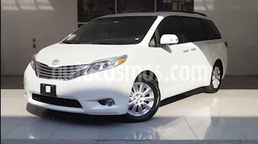 Foto venta Auto usado Toyota Sienna XLE 3.5L Piel (2015) color Blanco precio $489,000