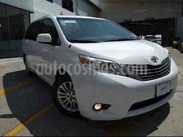 Foto venta Auto usado Toyota Sienna XLE 3.5L Piel (2014) color Blanco precio $280,000