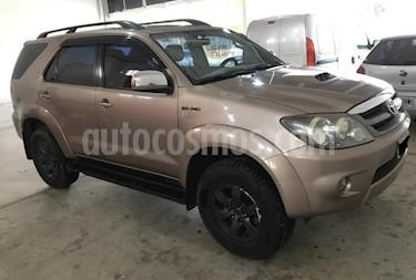 Foto venta Auto usado Toyota SW4 3.0 Cuero Aut (2007) color Beige precio $690.000