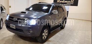 Toyota SW4 SRV Cuero usado (2008) color Gris Oscuro precio $900.000