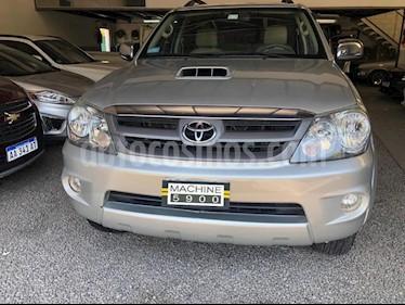 Toyota SW4 SRV Cuero usado (2007) color Gris Claro precio $890.000