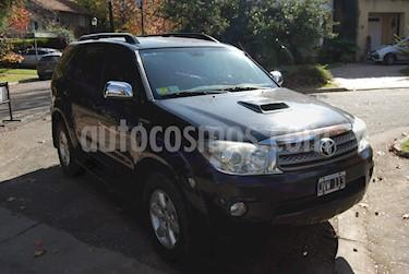 Toyota SW4 3.0 Cuero Aut usado (2011) color Negro precio u$s14.000