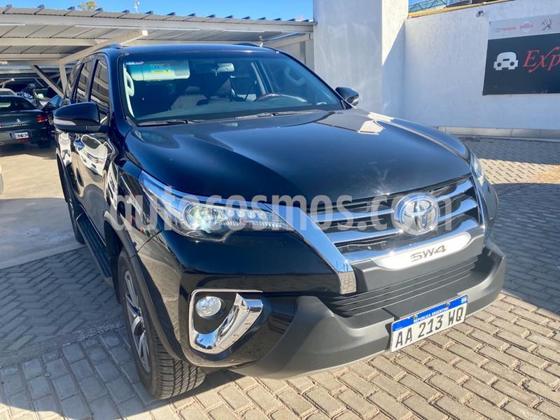 Toyota SW4 SRX 7 Pas Aut usado (2016) color Negro precio $3.820.000