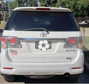 Foto venta Auto usado Toyota SW4 SRV 5 TDi Cuero Aut  (2012) color Blanco precio $1.050.000