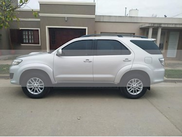 Foto venta Auto usado Toyota SW4 SRV 5 TDi Cuero Aut  (2011) color Dorado precio $1.100.000