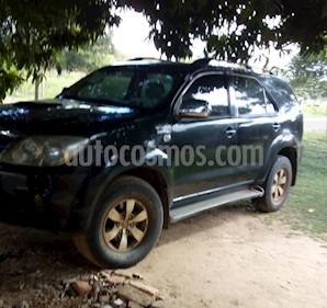 Foto venta Auto usado Toyota SW4 SRV Cuero (2006) color Negro precio $478.000