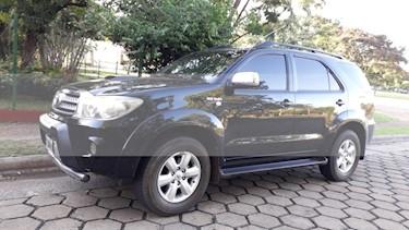 Toyota SW4 SRV Cuero usado (2009) color Negro precio $730.000