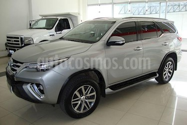 Foto venta Auto usado Toyota SW4 SRX 7 Pas Aut (2017) color Gris Claro precio $1.450.000