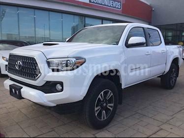 Toyota Tacoma 4p TRD Sport V6/3.5 Aut 4x4 usado (2019) color Blanco precio $670,000