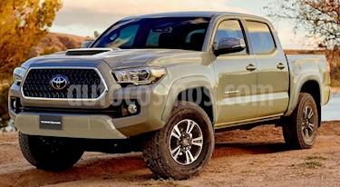 Toyota Tacoma Edicion Especial 4x4 nuevo color Gris precio $777,600