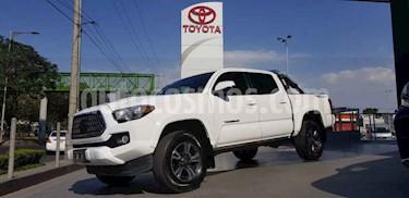 Toyota Tacoma TRD Sport  usado (2018) color Blanco precio $498,000