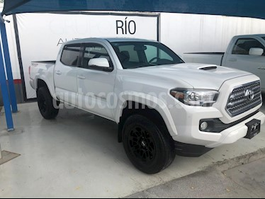 Toyota Tacoma TRD Sport 4x4 usado (2017) color Blanco precio $529,000