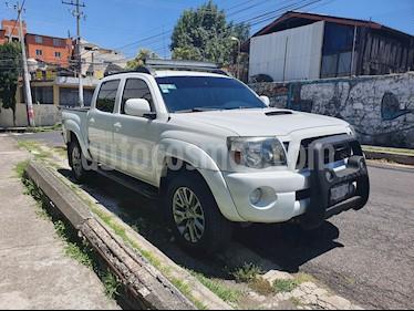 Toyota Tacoma TRD Sport usado (2011) color Blanco precio $240,000